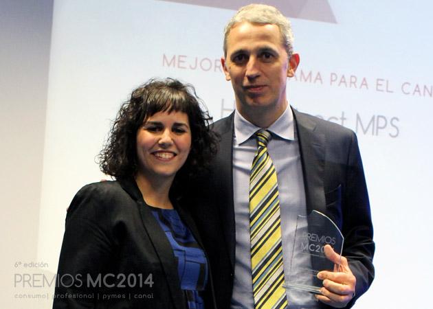 Enric Vilagran, Indirect MPS Program Manager de HP y Verónica Cabezudo, coordinadora editorial de MuyCanal