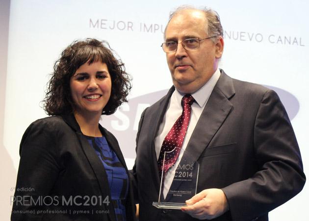Ángel Herrero, director de Canal de Samsung y Verónica Cabezudo, coordinadora editorial de MuyCanal