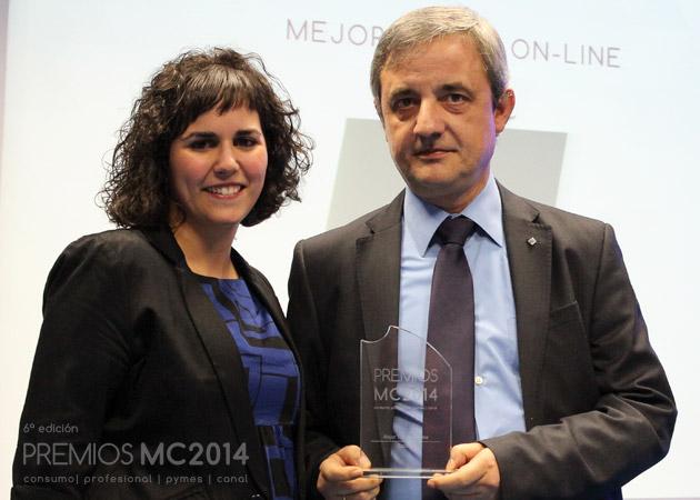 José Ramón Fuertes, Responsable de e-Business de Bechtle España y Verónica Cabezudo, coordinadora editorial de MuyCanal
